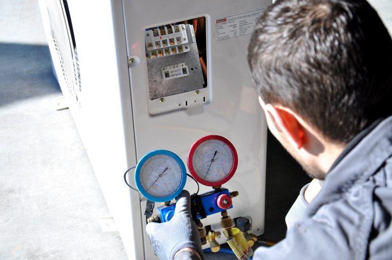 Servicio técnico Hotpoint en Vícar
